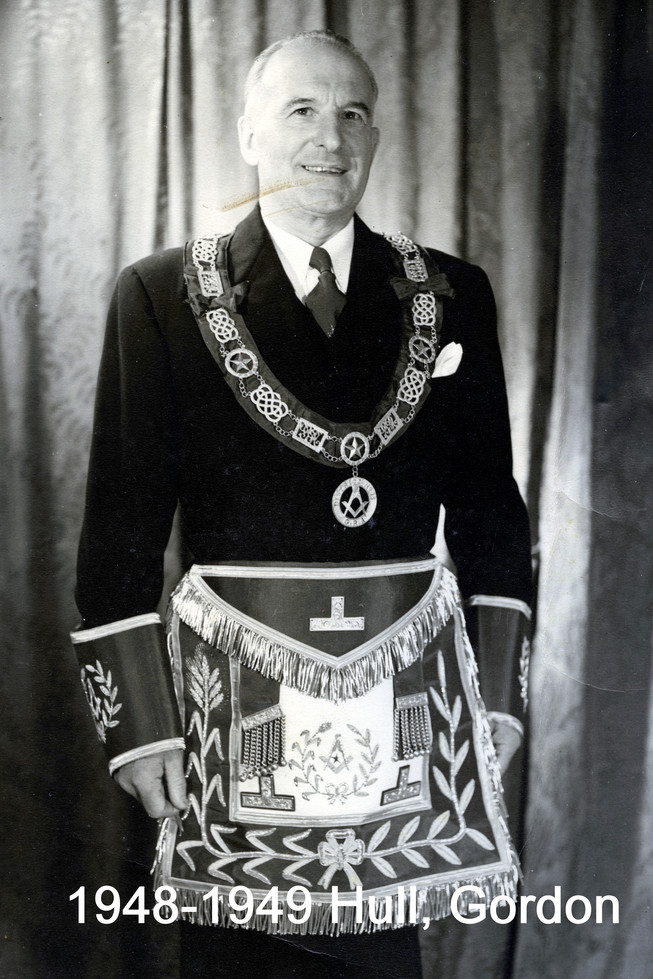 1948 R.W. Bro. Gordon Hull